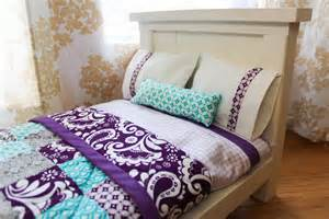 Bed With Quilt From Dahlias To Doxies Diy Doll Beds And Tiny Quilts