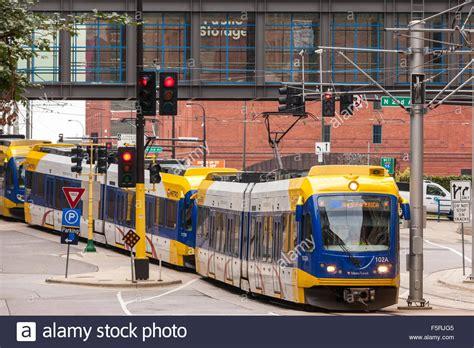 metro transit light rail downtown minneapolis the metro transit blue line