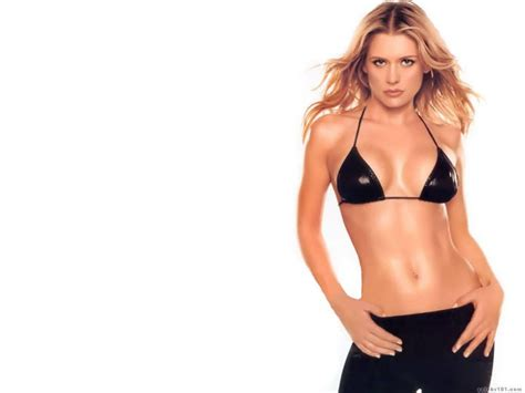 Cecily Tyler pictures of kristy swanson pictures of celebrities
