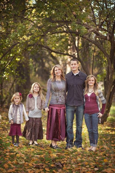 family photo color ideas 33 best family photo color schemes images on pinterest