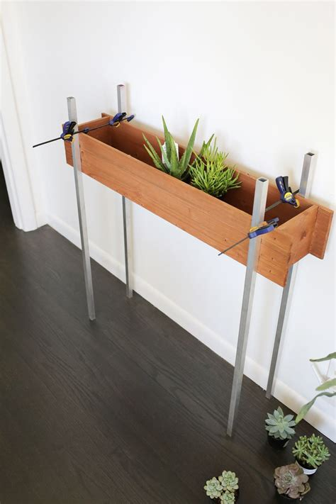 skinny planter stand diy  beautiful mess