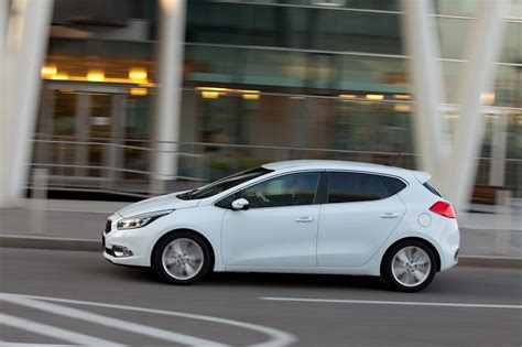 Kia Ceed New All New 2013 Kia Cee D Hatchback Pictures And Details