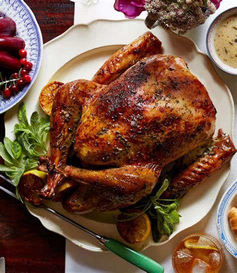 30 easy thanksgiving turkey recipes best roasted turkey