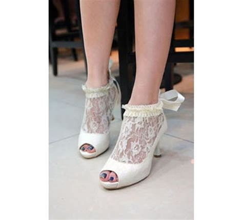 le chic slippers 33 best le chic s shoes images on