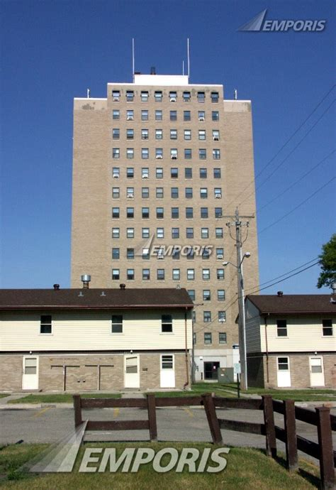 riverview heights apartments moorhead 130579 emporis