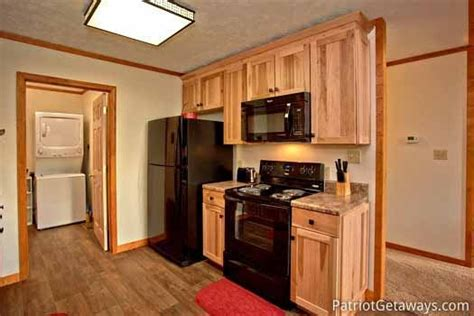Cabin Hill Appliance by Cabin On The Hill A Pigeon Forge Cabin Rental