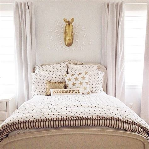 emily and meritt bedding the most inspiring rooms from we heart it pottery barn