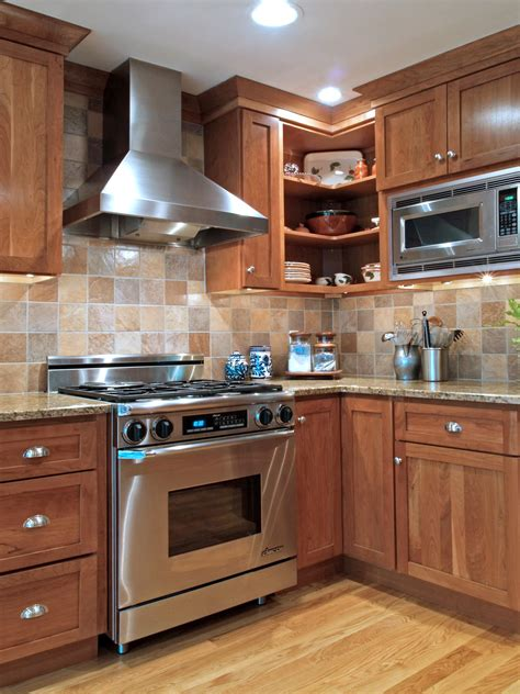 Kitchen Back Splash Design by Spice Up Your Kitchen Tile Backsplash Ideas