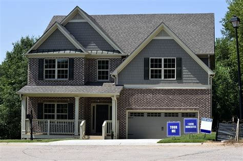 selling your house to a real estate investor 3 attractive benefits of selling your home to a real estate investor jed gwynn llc