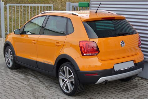 volkswagen orange file vw crosspolo 1 2 tsi magmaorange heck jpg wikimedia
