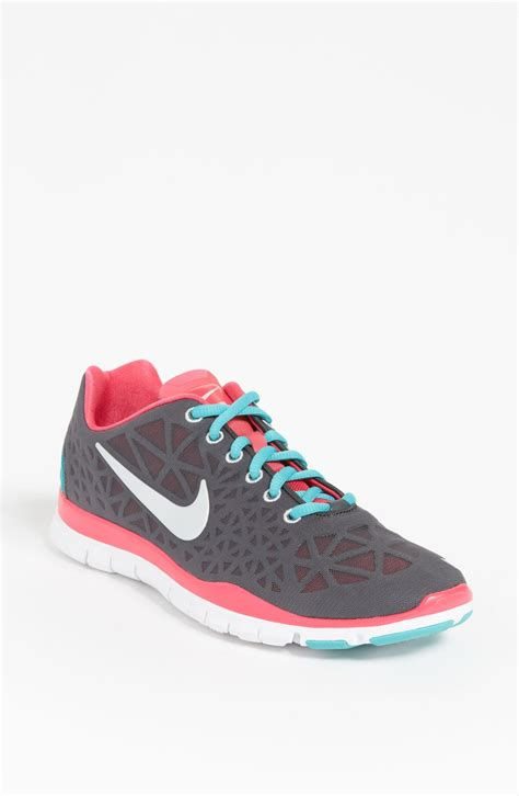 nike free shoes nike free tr fit 3 shoe for faeaa