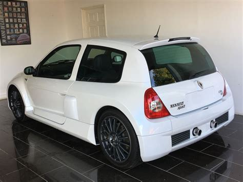 Used Pearlescent White Renault Clio For Sale West Sussex