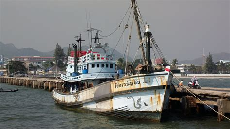 buy a fishing boat in thailand photos of places in and around hua hinthe hua hin pages