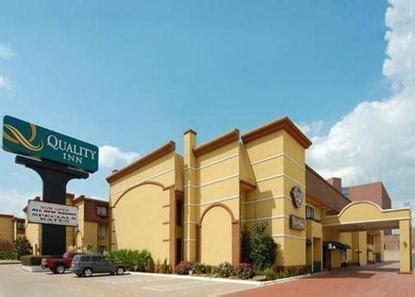 comfort suites addison tx comfort suites addison texas addison hotel rooms suites