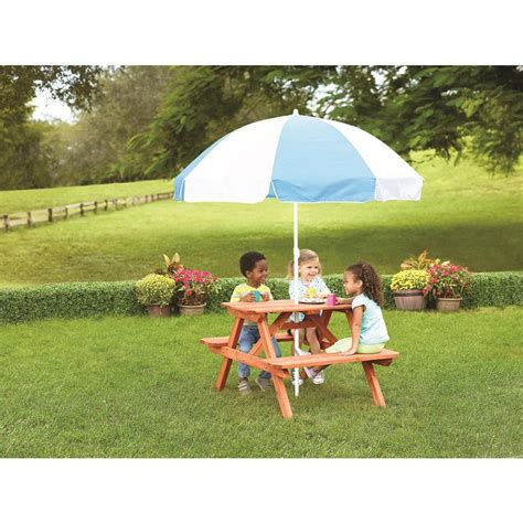 toys r us picnic table 1000 ideas about picnic table with umbrella on