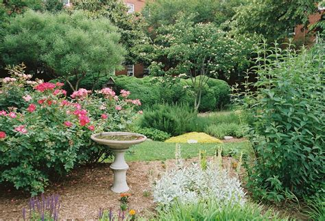 Small Garden House » Ideas Home Design