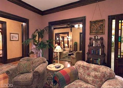 Dining Room Decorating Photos by Inside Halliwell Manor From The Tv Show Quot Charmed Quot