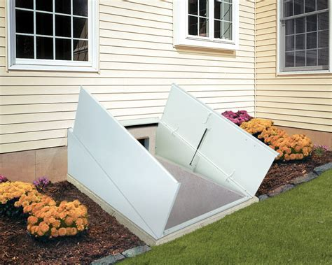 Basement Crawl Space Door Design : Functional Basement