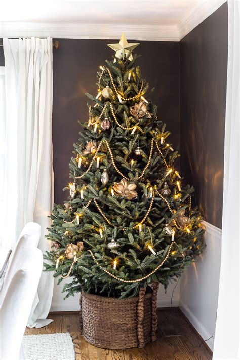 where to put a christmas tree with a fireplace ultimate guide to decorating and caring for a real tree bless er house