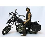 McFarlane The Walking Dead Daryl Dixon  Motorcycle