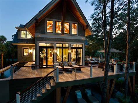 25 best ideas about small lake houses on