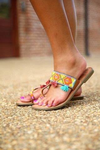 beaded toe ring sandals 1000 ideas about beaded sandals on sandals