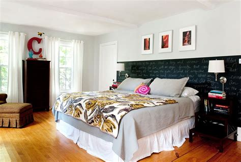 bedrooms with chalkboard paint 35 bedrooms that revel in the beauty of chalkboard paint