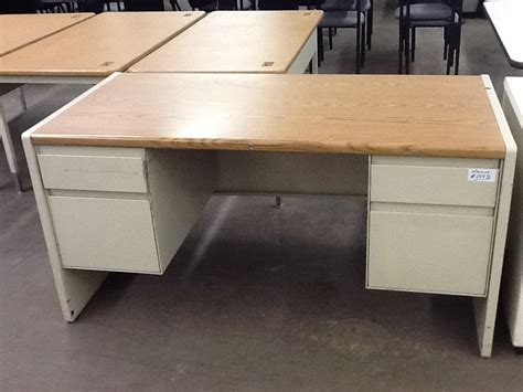 Used Metal Office Desk Used Steelcase 9000 Metal Desk New Used Office Furniture Office Chairs Conference Tables