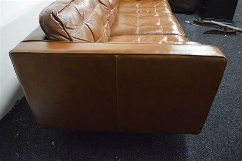 Darrin Leather Sofa Darrin Leather Sofa Nov Major Retailer Shelf Pulls Scratch And Dent Furniture 1 K Bid