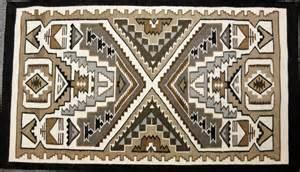 american indian weaving teec nos pos rug in two gray