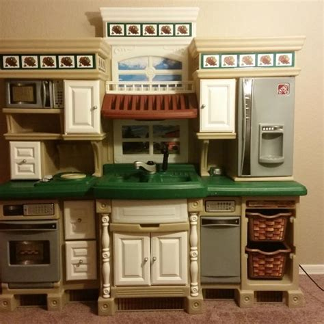 find more step2 lifestyle deluxe kitchen play set for