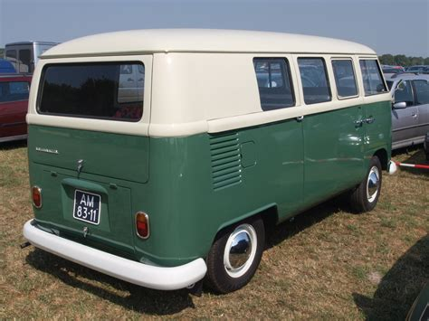 green volkswagen van file green and white volkswagen van jpg wikimedia commons