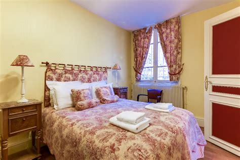 2 bedroom apartment in paris for sale classic 2 bedroom paris apartment in the 9th