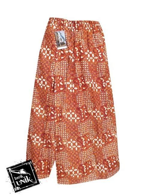 Sarung Kantong Bahan Kain Warna Coklat Motif Kotak Kembang Silver celana batik sarung panjang motif batik jogja klasik bawahan rok murah batikunik