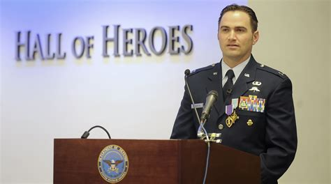 battle of survival special tactics officer awarded air