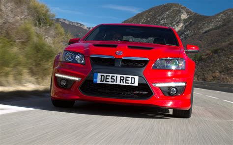 vauxhall red vauxhall vxr8 red front photo 5