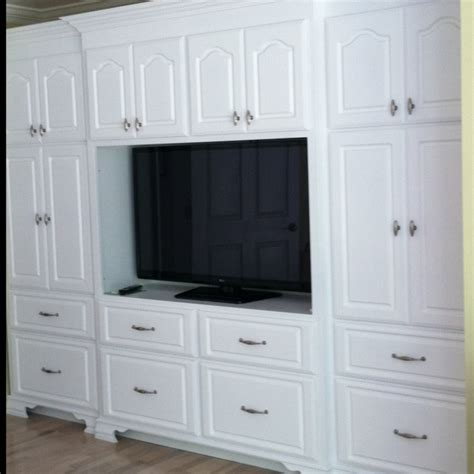 bedroom built in cabinets 1000 images about built in cabinets on miss