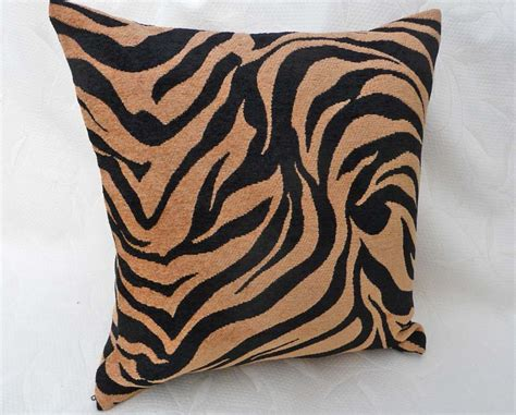 animal print couch pillows animal print furniture berrysa