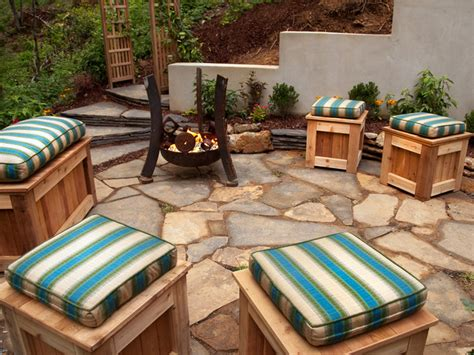 Backyard Flagstone Patio Ideas Outdoor Flagstone Patio Designs Ideas For Backyard Spae With Cool Fireplace Ideas And Diy
