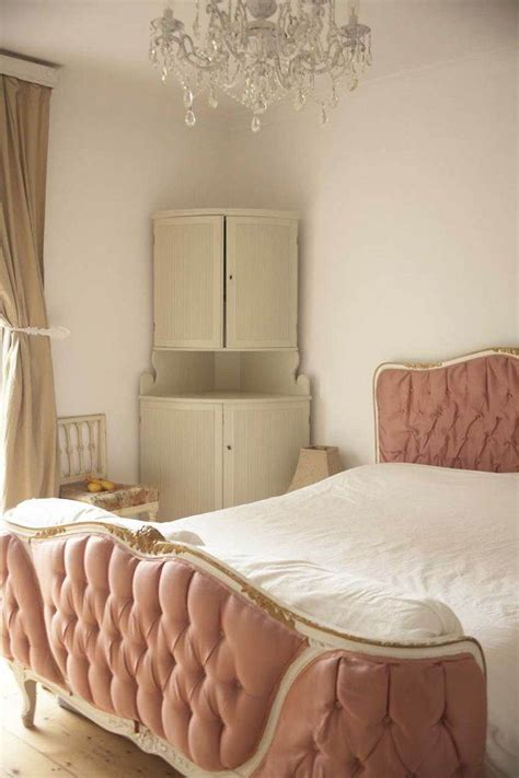 swedish gustavian decorating