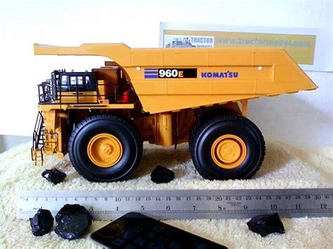 Alat Berat Hd miniatur alat berat lengkap di bekasi miniatur alat berat