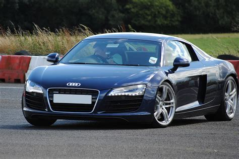 audi r8 experience day audi r8 experience days compare the prices of audi r8