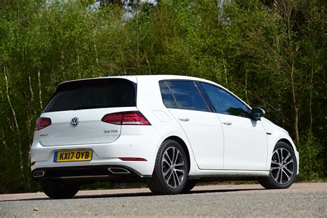 Seat Leon Vs Volkswagen Golf Vs Vauxhall Astra Pictures