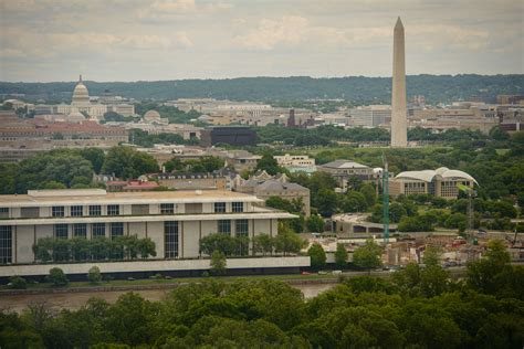 Virginia College Mba by Uva Darden Efforts Thrive In Washington Dc Area Darden