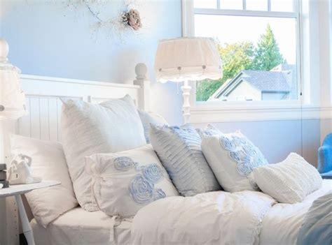 bed pillow arrangement ideas 17 best ideas about bed pillow arrangement on pinterest