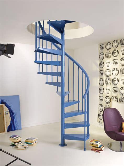 ideas  decorar tu casa  una escalera de caracol