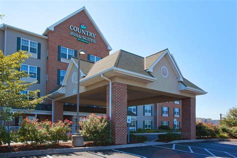 country inn lancaster country inn suites by carlson lancaster in lancaster