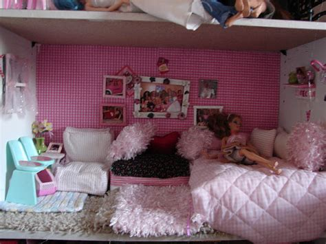 Barbie Home Decor | diy barbie house from a shelf a girl and a glue gun