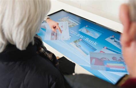 extend bw bank banking bw bank er 246 ffnet filiale mit multitouch tisch