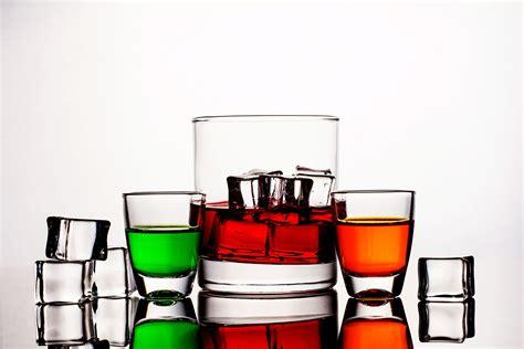 bicchieri barman bicchieri da cocktail il portale dei cocktail